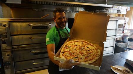 Chicago Pizza & Pot Tour
