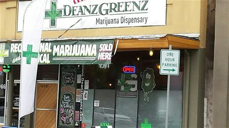 Deanz Greenz - Sandy