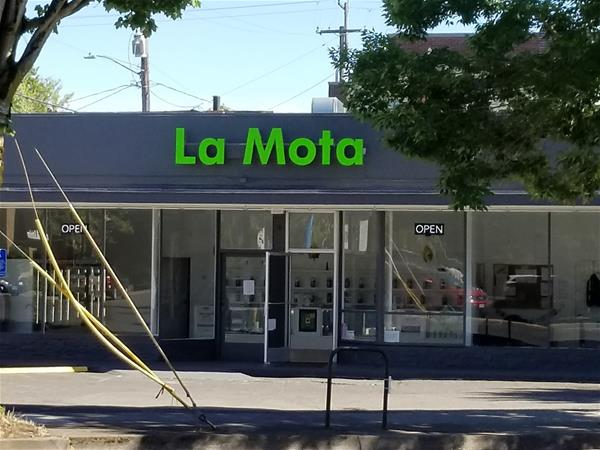 La Mota - Hollywood