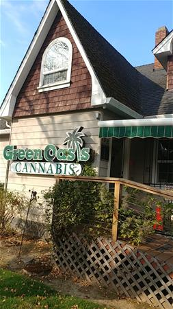 Green Oasis - Sellwood