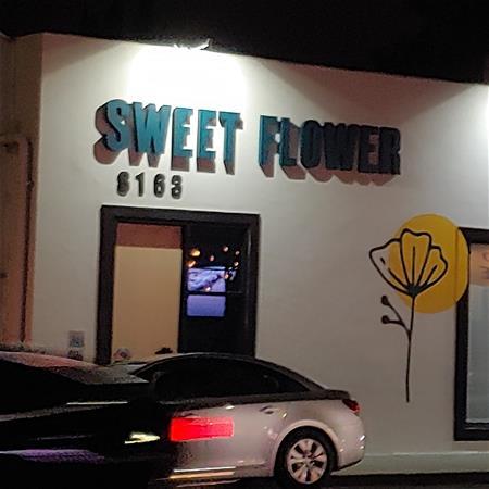 Sweet Flower Melrose